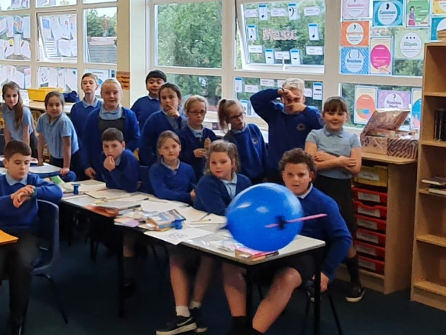Year 5 Get 'aero' in Science!